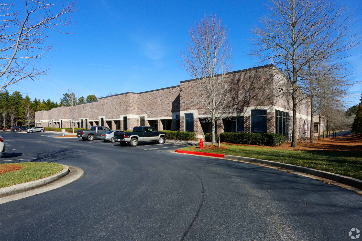 SHILOH CROSSING DISTRIBUTION CENTER